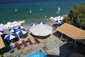 pool beach sea sports family hotell